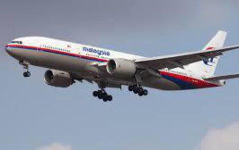 Let MH370 zmizel 8. března 2014 cestou z Malajsie do Číny.