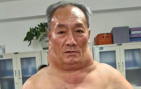 Číňan Chung Šu (53)