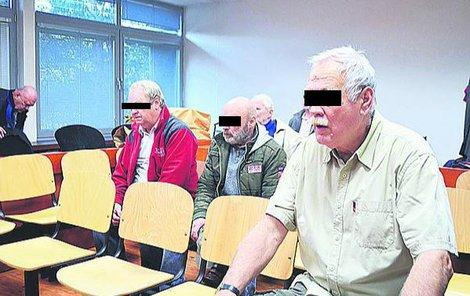 Pavel H., Václav S. a Josef V. (zleva) dostali 6, 4 a 3 roky.