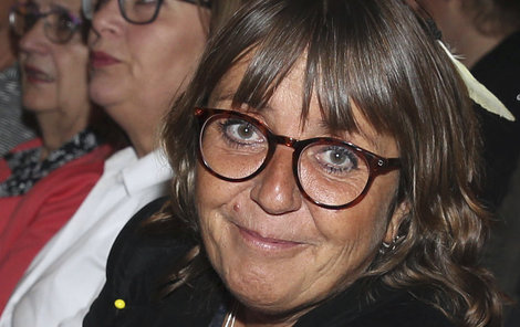 Bára Hrzánová musela odmítnout účast v taneční soutěži.