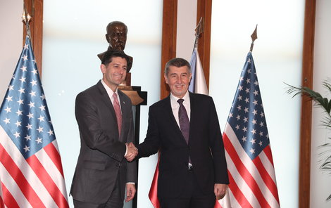 Třetí muž politiky v USA Paul Ryan přicestoval do Česka, na Úřadě vlády se sešel s premiérem v demisi Andrejem Babišem (26.3.2018)