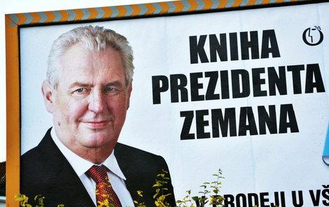 Pokuta za knihu o Zemanovi!