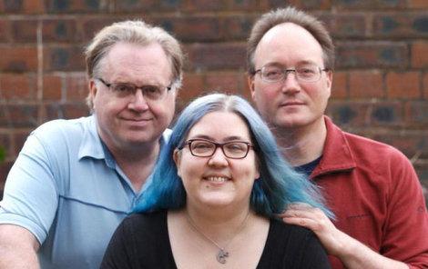 Mary má muže, snoubence a 2 milence! A se všemi provozuje sex! Snoubenec a manžel.