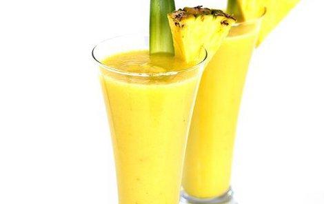 Ananasový kokteil