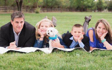 Jennifer Riordan svým zraněním podlehla. Zbyl po ní manžel a dvě děti.