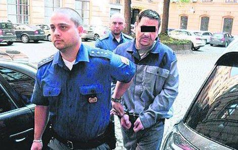 Lubomír S. jde na 13 let do vězení.