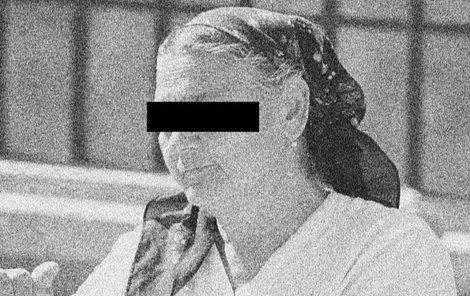 Seniorka zemřela záhadnou smrtí