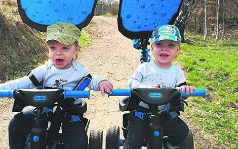 Lukášek (2) i Vojta (2) se narodili s nevyléčitelnou nemocí.