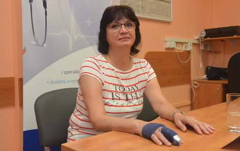 Hana Koloušková má opět důvod k úsměvu. Vše nasvědčuje tomu, že bude mít plně funkční ruku.