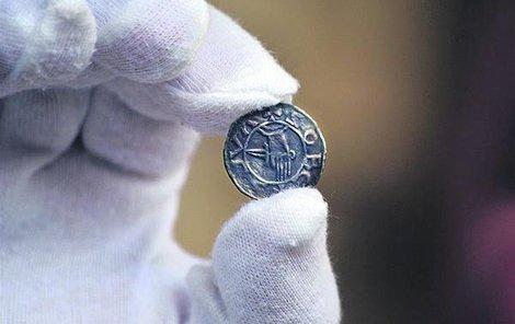 Znalec minci ocenil na 50 000 korun.