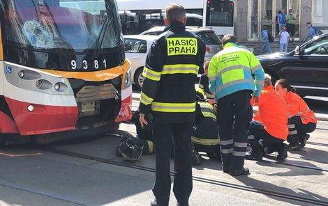 Nehoda se stala patnáct minut po desáté dopoledne.