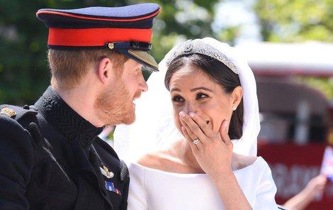 Harry s Meghan při jízdě kočárem žertoval, že prý je zralý na panáka