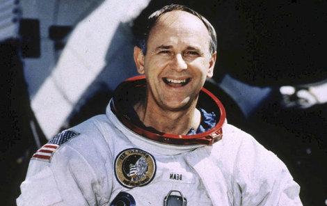 Astronaut Alan Bean (†86)