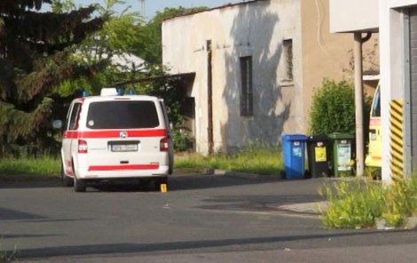 V této sanitce měla údajně žena zemřít.