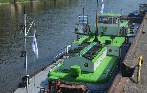Loď nyní kotví v Děčíně, kde si ji v sobotu bude moci prohlédnout veřejnost.