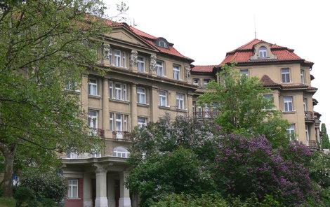 Ústavu pro péči o matku a dítě v pražském Podolí.