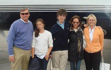 V letadle zahynuli čtyři lidé