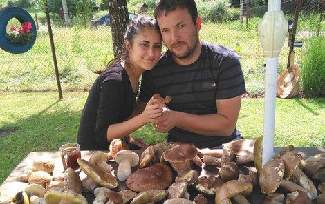 Matějem Kuricem s manželkou Michaelou si udělali z hub polévku.