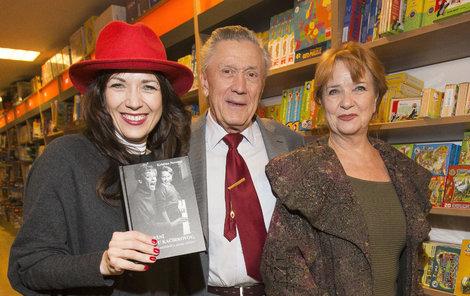 Tereza Kostková s rodiči