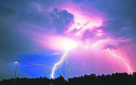 Bouřky a horko ohrožují zdraví!