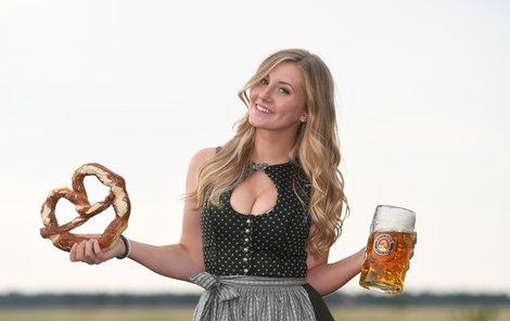 Pivo na mnichovském festivalu Oktoberfest letos opět podraží.