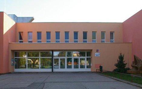 Škola Dr. Horáka v Prostějově, kde k útoku na učitelku došlo.