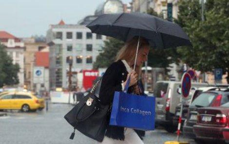 Pršet by mělo až do zítřka.