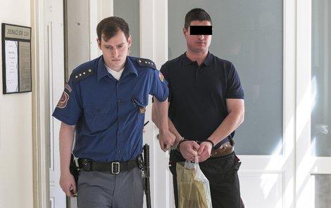 Lubomír P. byl údajně agresivní po požití alkoholu, sám to ale odmítá.