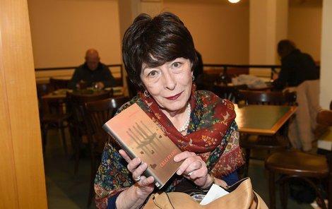 Marta Davouze v únoru 2018 na besedě v pražské Městské knihovně křtila svoji knihu s názvem Celej Franz
