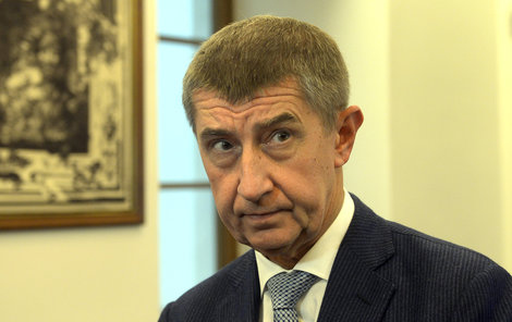Kabinet Andreje Babiše (63, ANO) sice získal důvěru, ale co se odehrálo, je z celé řady důvodů průlomové včetně faktu, že se opřela o hlasy poslanců KSČM.