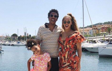 Dovolenou v Itálii pojala zpěvačka Beyoncé (36) s manželem Jay-Z (48) velkolepě!
