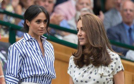 Vévodkyni Meghan a vévodkyni Kate bude britská veřejnost porovnávat vždy.