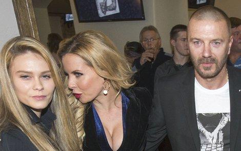 Tomáš Řepka s Kateřinou Kristelovou a dcerou Veronikou
