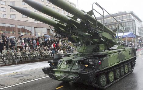 Armáda na konci října předvede tanky...