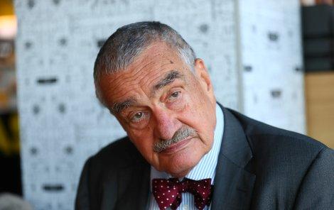 Kníže Karel Schwarzenberg (80) během rozhovoru pro AHA!