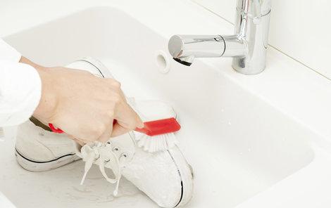 Nezvyklé použití zubní pasty