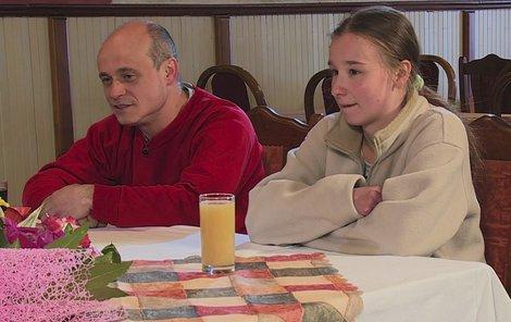 Iva a Marian mají strach o milovanou dcerušku.