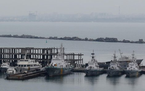 Lodě ukrajinské pobřežní stráže v oděském přístavu