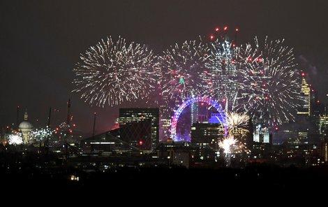 Vítání roku 2019 v Londýně.