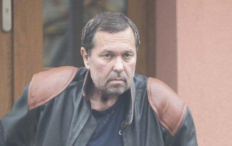 Jiří Pomeje statečně bojuje s rakovinou.