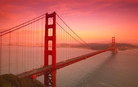 Most je dominantou San Franciska.