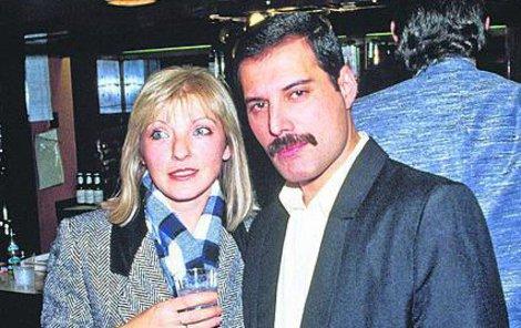 Freddie a Mary v listopadu 1985, devět let po rozchodu.