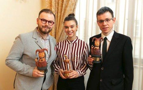 Patronie soutěže, (zleva) Jan, Anička a David.