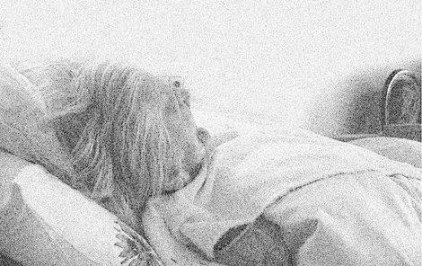 Seniorka zemřela ve své posteli.
