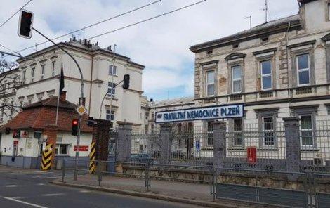 Fakultní nemocnici na Borech v Plzni.