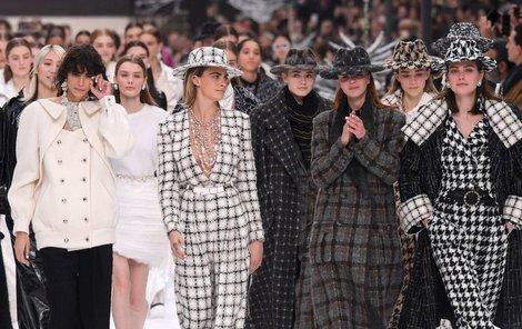 Defilé přehlídky Chanel pro podzim a zimu 2019-2020