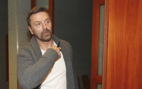 Tomáš Řepka u soudu s Vlaďkou Erbovou kvůli alimentům.