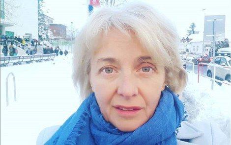 Veronika Žilková leží doma nemocná.
