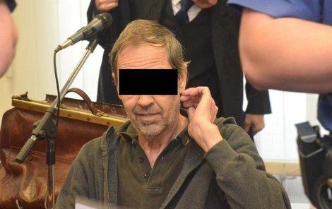Rostislav K. ukončil trápení nemocné manželky a tchyně.