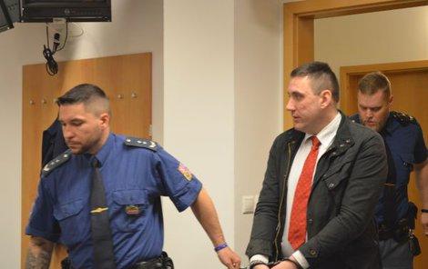 Petr Vladovič včera svých činů litoval.